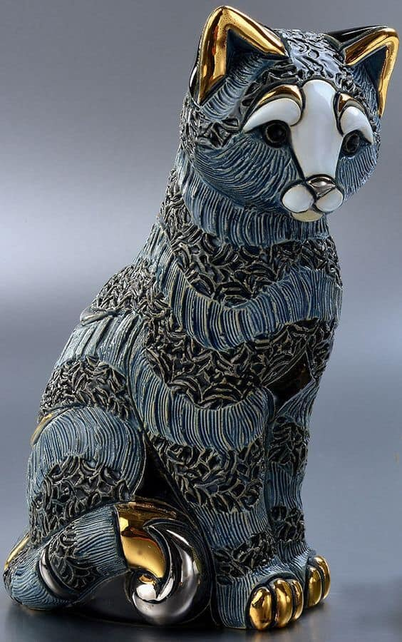 Cat sculpture that looks like it can be put in a museum